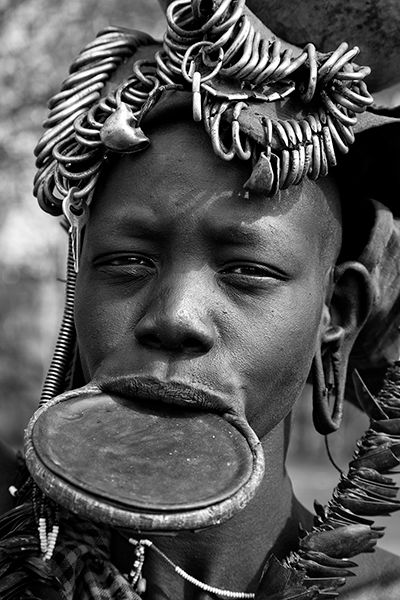 Mursi woman with lip-plate - 2405